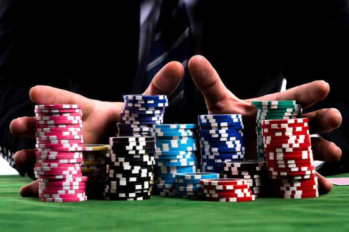 Chiến thuật chơi poker tournament dành cho người mới